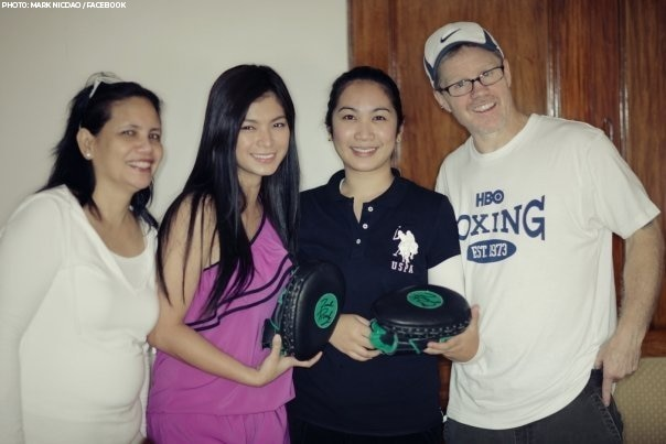 Angel's ShopnShare auction project to help Ondoy victims in 2009