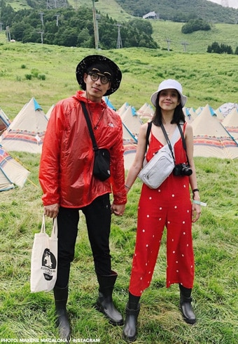 Maxene and Rob's matching outfits in Tokyo! 11