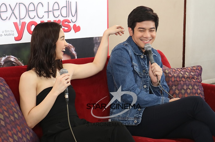 Joshua and Julia at 'Unexpectedly Yours' digicon 5