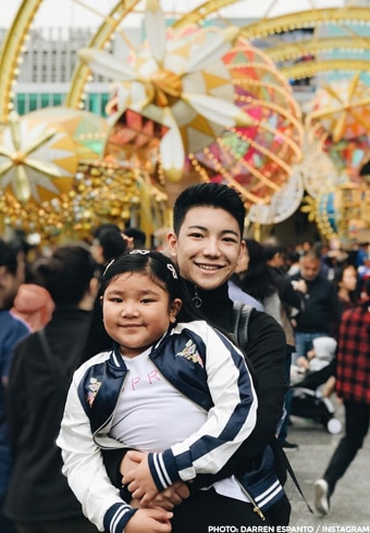 Darren Espanto celebrated the season in Hong Kong Disneyland with his family