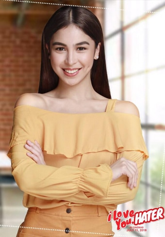 Julia Barretto also ditched the shorter hair for her role as Zoey in