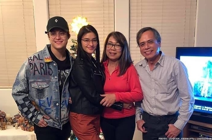 Enrique and Liza with relatives