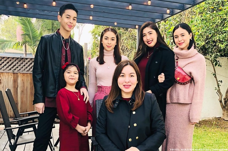 Julia Baretto's family in LA for Christmas