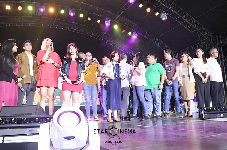 IN PHOTOS: 'M&M: The Mall, The Merrier' cast bring a fun-filled Chugug Paskuhan in Makati 29