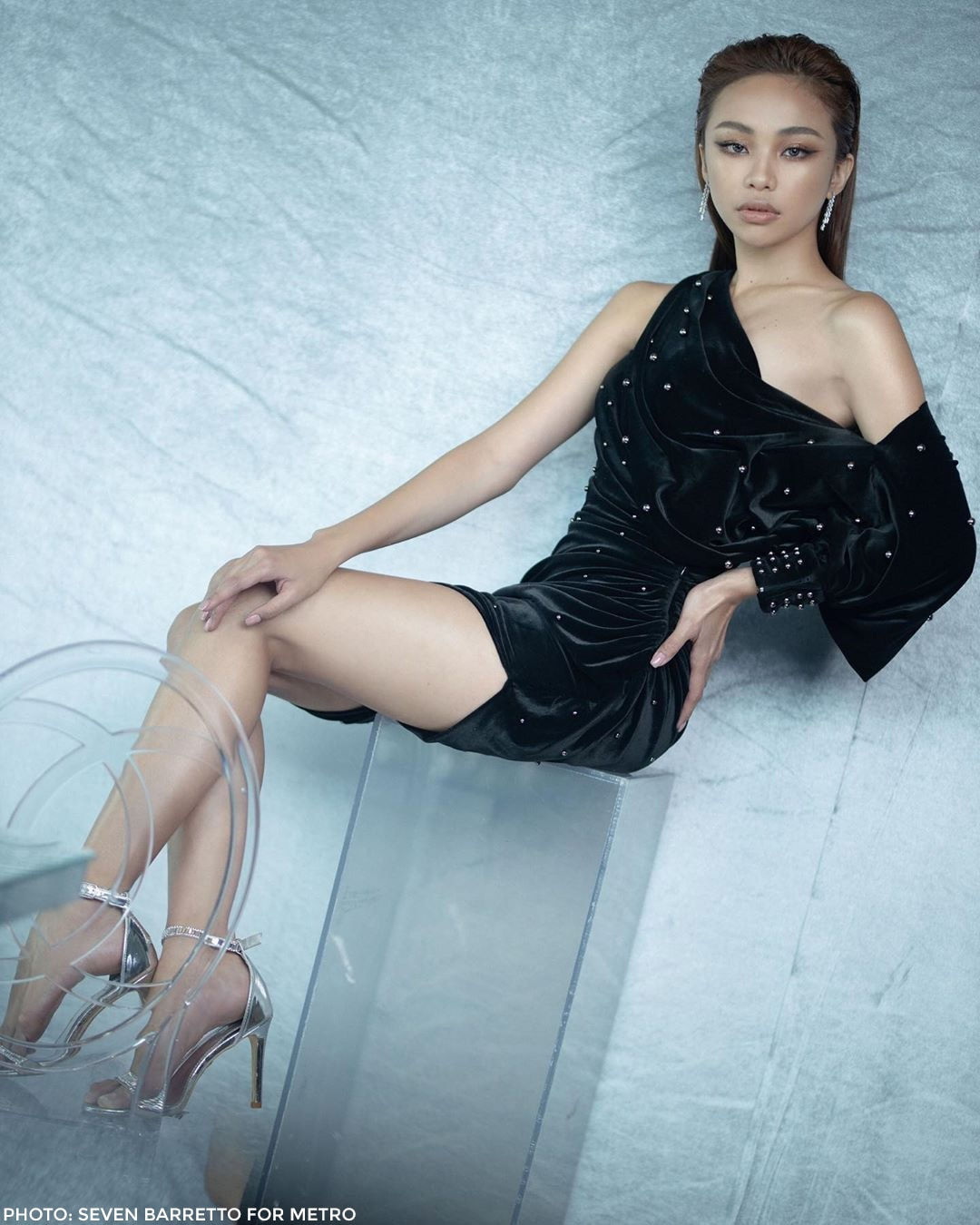 Maymay stuns in silver and black in #Metro30 photos!