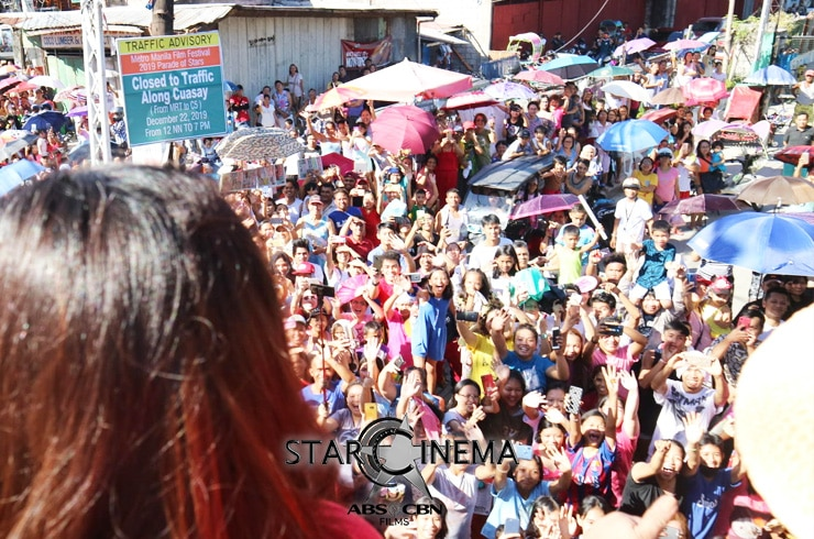 PHOTOS: 'M&M: The Mall, The Merrier' cast dazzle at the MMFF 2019 Float Parade! 09