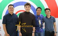 Daryl Ong renews contract with Star Music