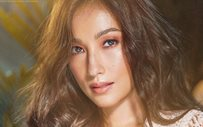 Solenn shares first photo with baby Thylane!