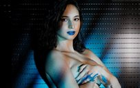 Coleen Garcia goes topless in new maternity shoot!