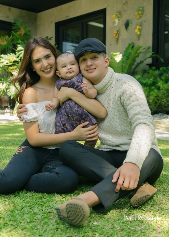 Meet Sofia and Daniel's little daughter, Zoe Natalia!