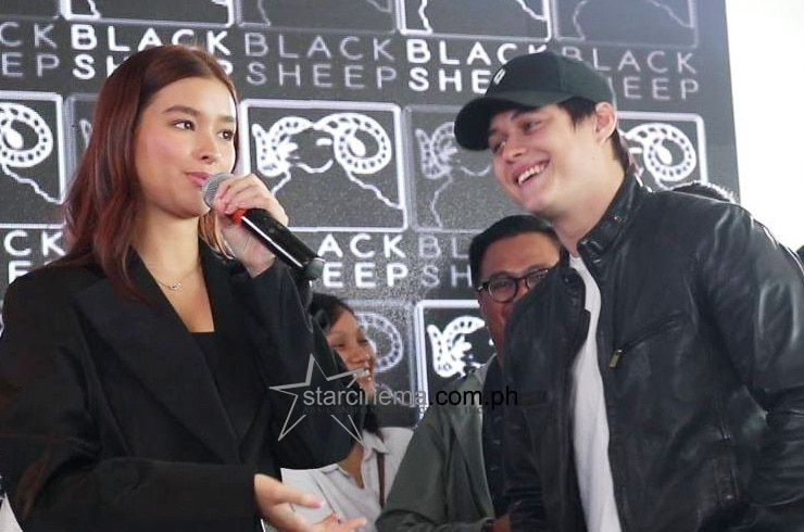 LizQuen at the 'Alone/Together' Thanksgiving Lunch! 10