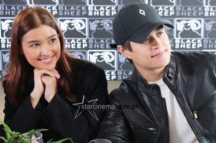 LizQuen at the 'Alone/Together' Thanksgiving Lunch! 12