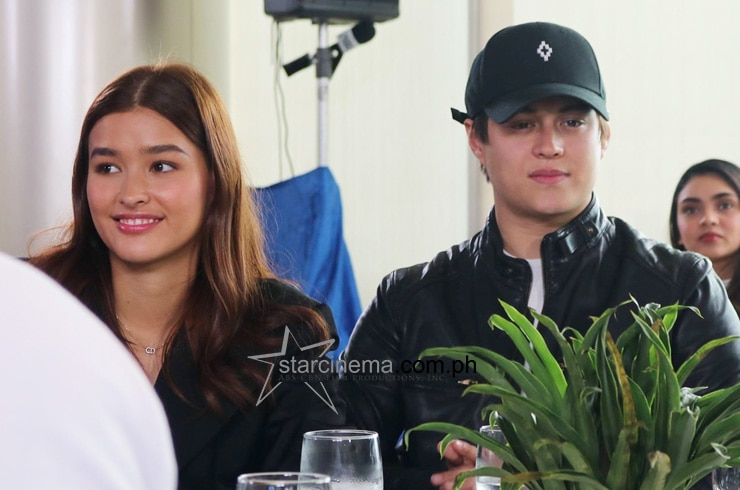 LizQuen at the 'Alone/Together' Thanksgiving Lunch! 17