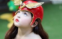 Zia Dantes dresses up as Darna and Dyesebel in celebration of Mother's Day!
