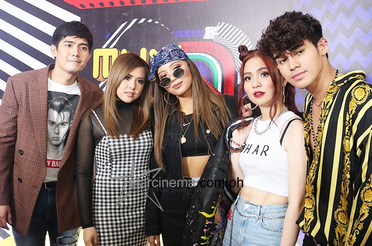 The stars descended for the '90s-themed MYX Music Awards red carpet 10