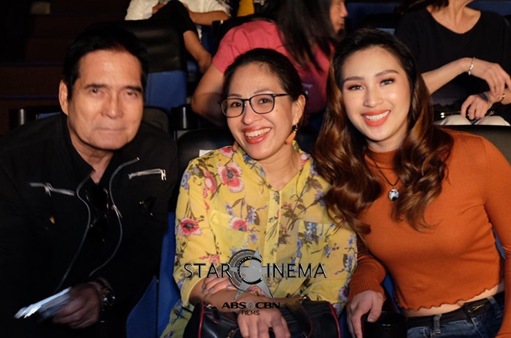 Isabela Vinzon with dad former action star Roi Vinzon and her mom!