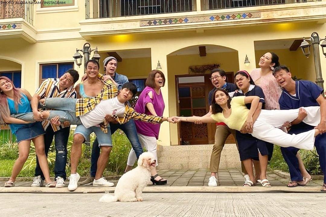 The fun, 'royal' family of Q (Kathryn Bernardo)!