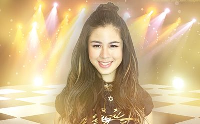 Kisses shows us another 'first' in her life