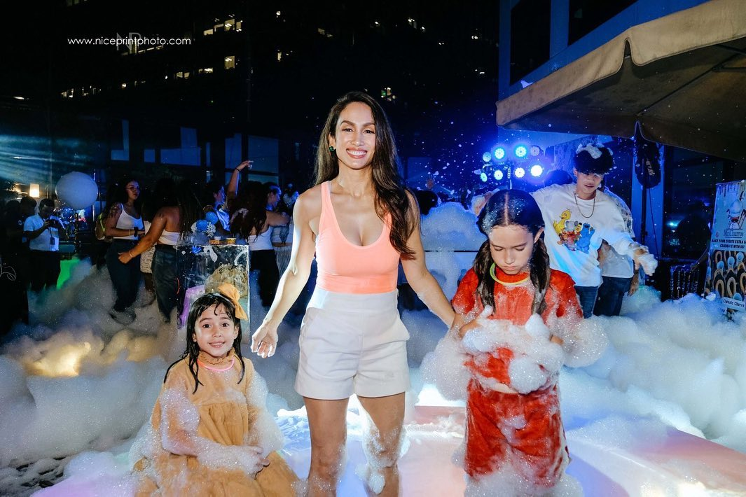 Scenes from Erika Rae's fun-filled foam party! 5