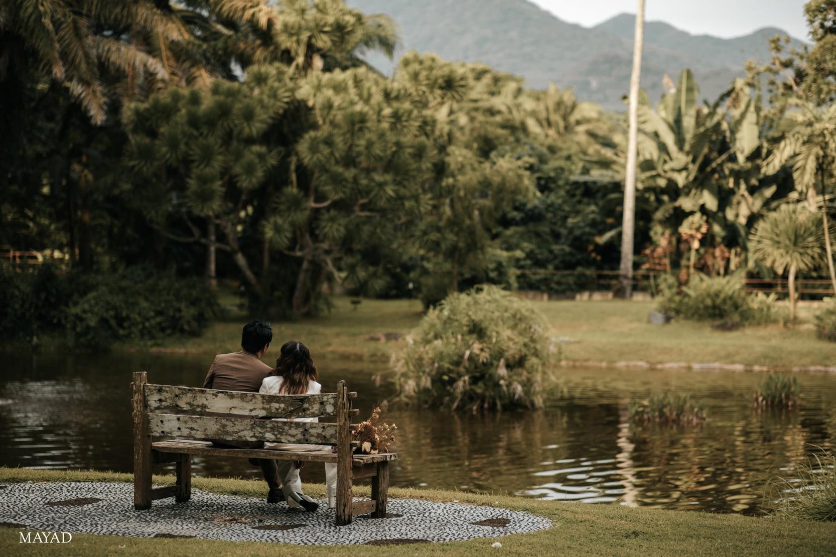 KZ Tandingan and TJ Monterde's garden wedding