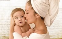 Solenn Heussaff embraces Thylane in a beautiful mother-and-daughter portrait!