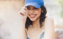 Maine Mendoza rocks blue hair!