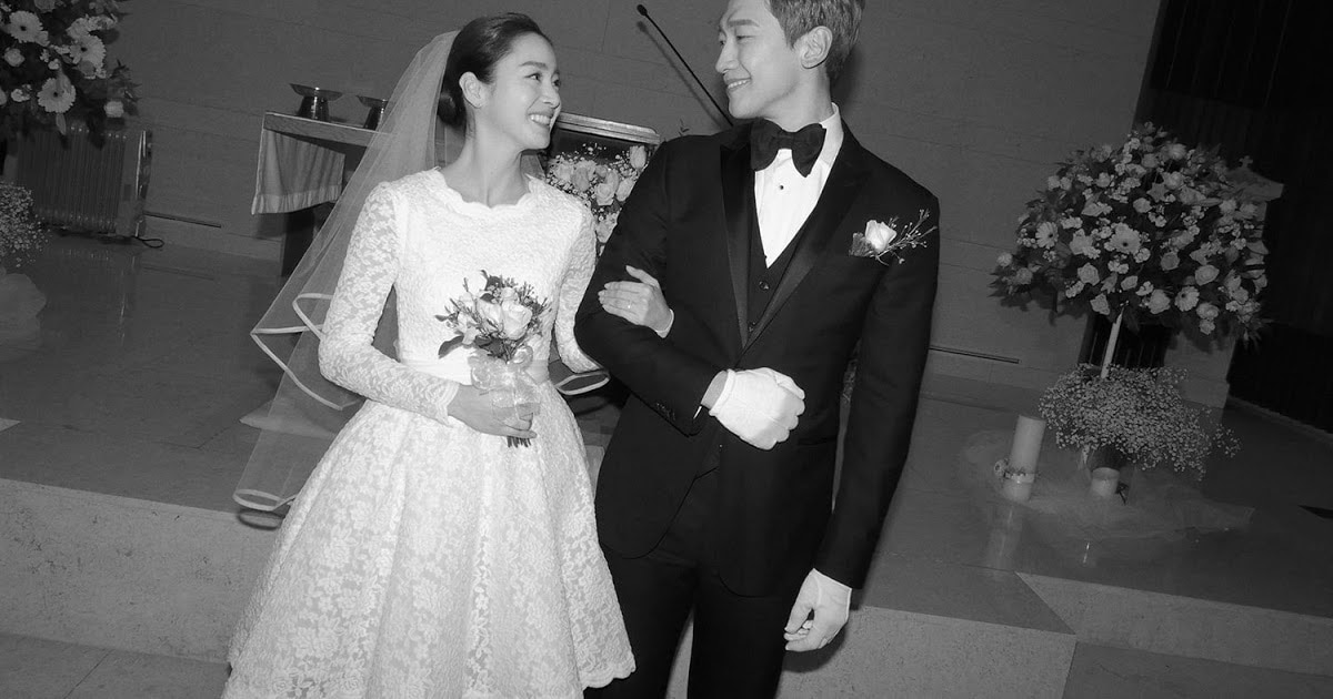 Rain and Kim Tae Hee started dating in 2012, and tied the knot in 2017