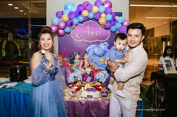 "Baby Axel's ""Aladdin""-themed first birthday party! 12"