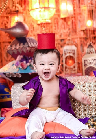 "Baby Axel's ""Aladdin""-themed first birthday party! 3"