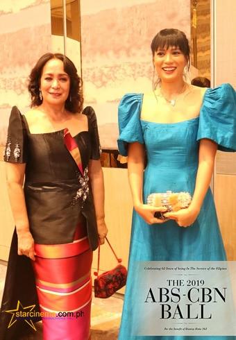 Gloria Diaz and Isabelle Daza