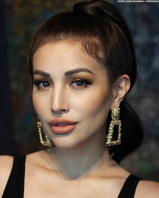 Nathalie Hart proves she's the epitome of sexy and beauty