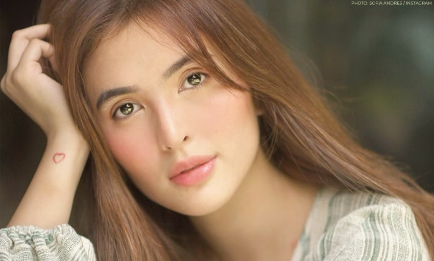Wow, Sofia Andres is building a walk-in closet!